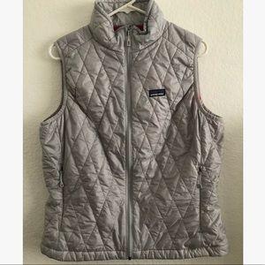 Tops - Patagonia Women's vest large